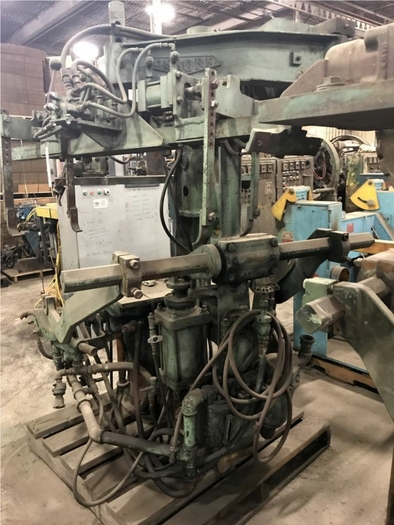 OSBORN 3161-12 ROTOLIFT MOLDING MACHINE
