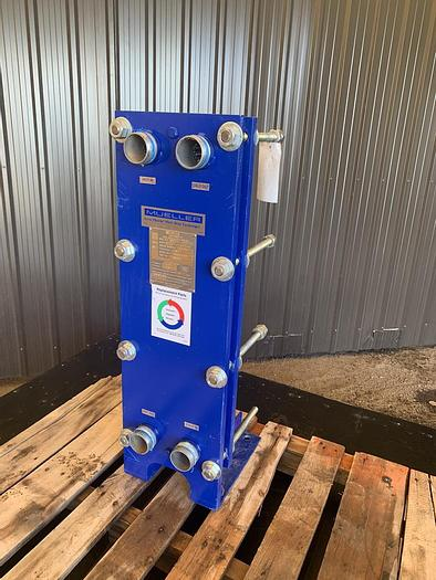 Used USED MUELLER ACCU-THERM PLATE HEAT EXCHANGER, STAINLESS STEEL, 20 SQ.FT.