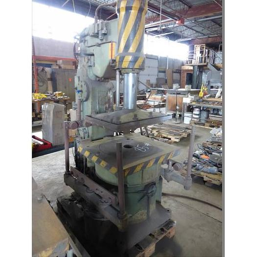 KUNKEL WAGNER JOLT SQUEEZE PIN LIFT MACHINE