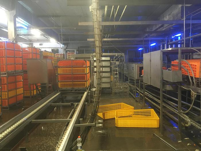 Used 2001 LINCO Live birds conteiner system unloading