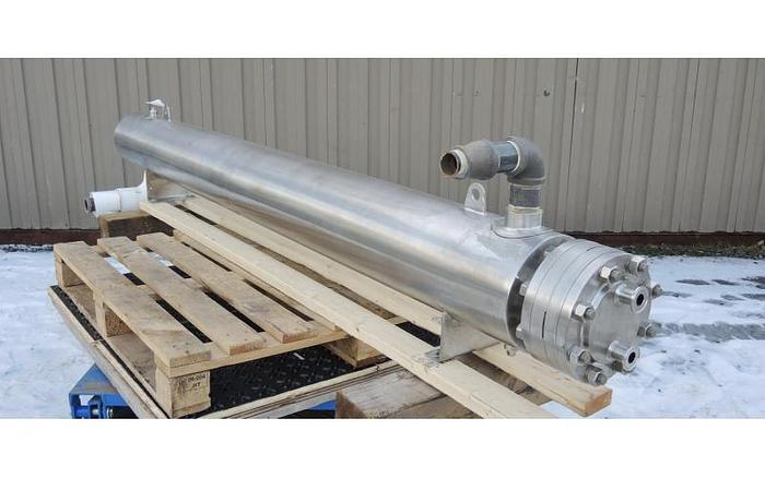 USED HEAT EXCHANGER, SHELL & TUBE, 32 SQ. FT., STAINLESS STEEL, SANITARY