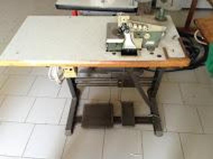 Gebraucht Overlockmaschine RIMOLDI  KL 327-00-2MD-20 2 Nd/4 Fd,.