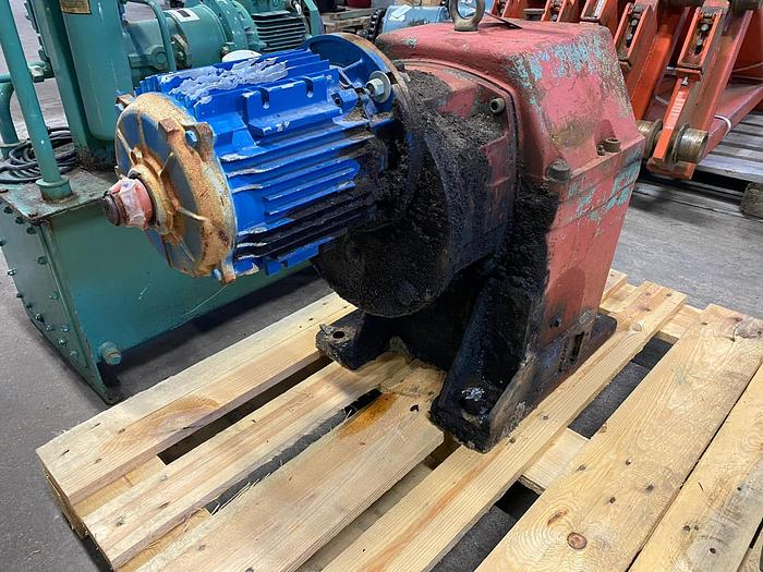 Used BEVI Electric motor with reducer 4 kW