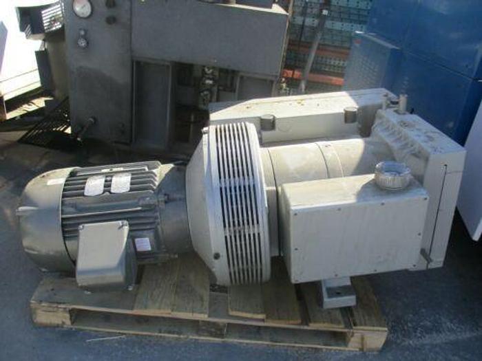 Used VC-700 ROTARY VANE VACUUM PUMP W/25 HP 1160 RPM FR 324TC AS IS