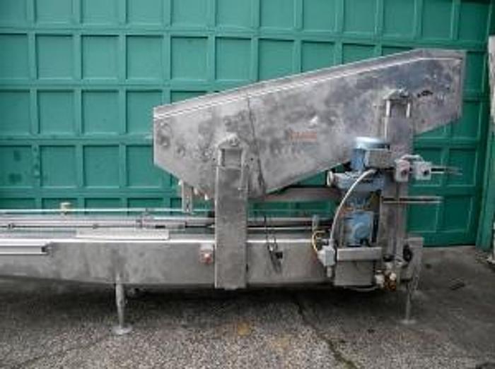 IAC Model 20000 Uncaser