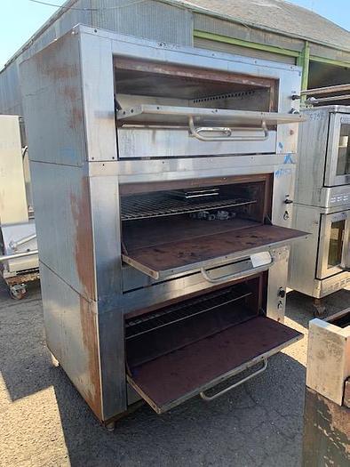 Montague 3 Tier Pizza - Bread Oven