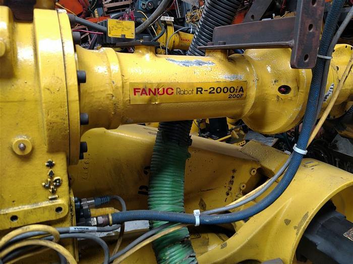 Used Fanuc R-2000iA/200F