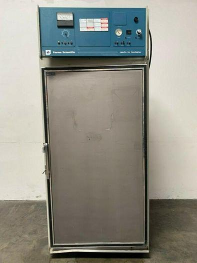 Used Forma Scientific 3940 Incubated/Refrigerated Environmental Chamber 1PH/230V