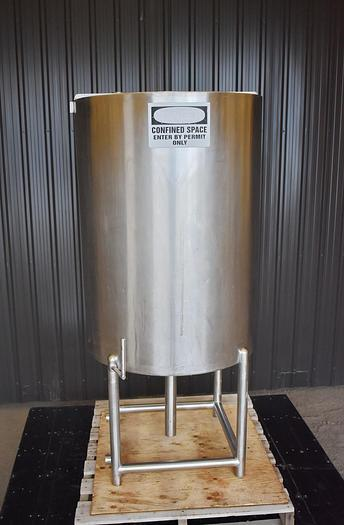 Used USED 185 GALLON TANK, STAINLESS STEEL, CIP TANK