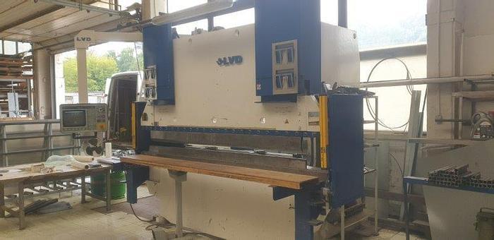 Used Prasa krawędziowa CNC LVD 6 osi sterowanych CNC