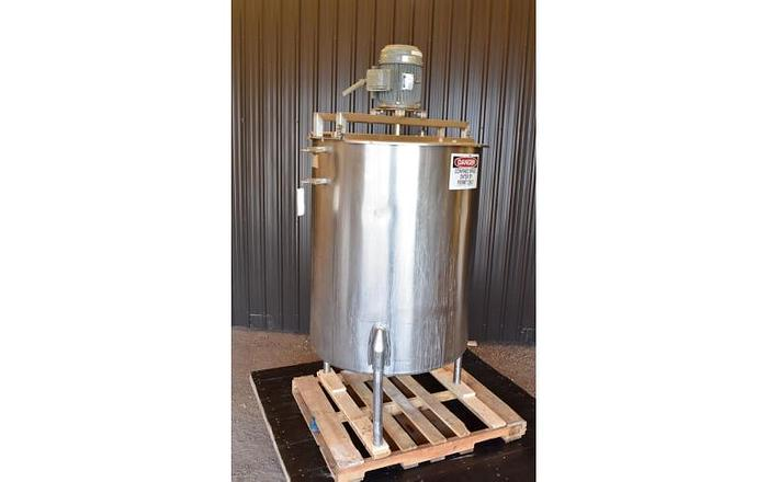 USED 250 GALLON TANK, STAINLESS STEEL, WITH HOMOGENIZER