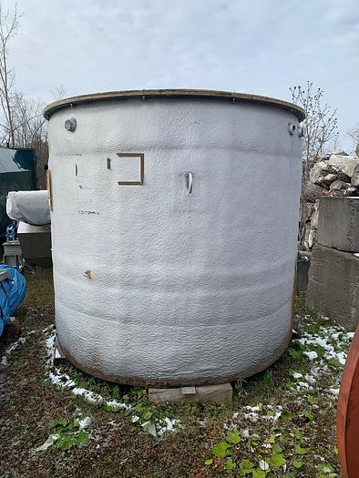 Used USED 1500 GALLON TANK, FIBERGLASS