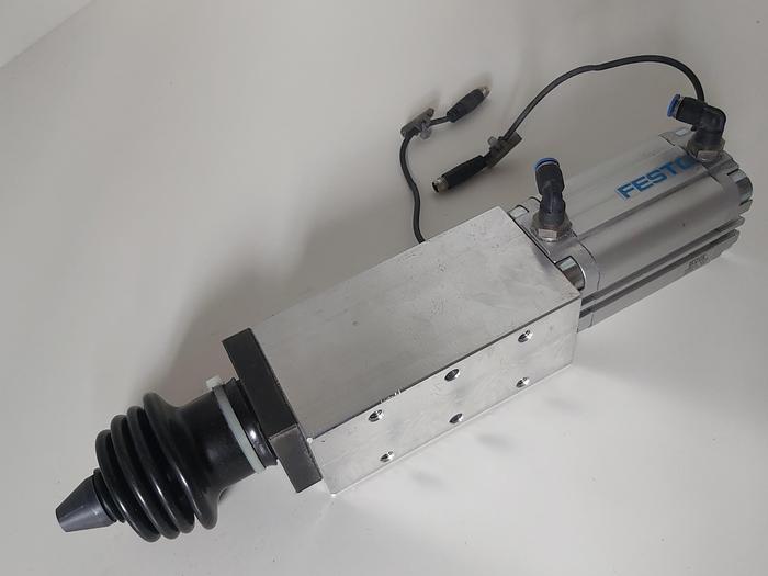 Gebraucht Zustellzylinder, Hub 50mm, Festo gebraucht-Top