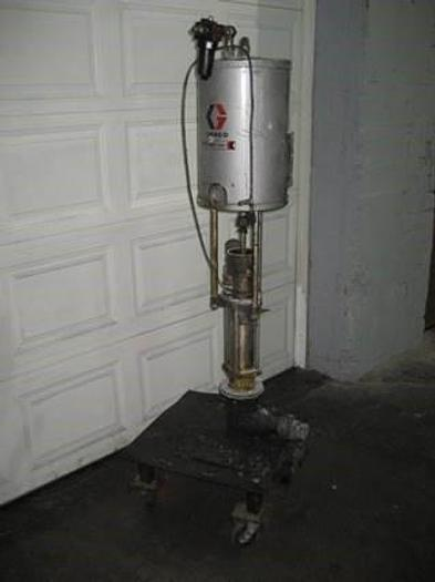 "Used GRACO ""BULLDOG"" PISTON PUMP STAINLESS STEEL (#9906)"