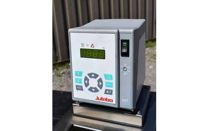 USED JULABO F12 REFRIGERATED & HEATING CIRCULATOR