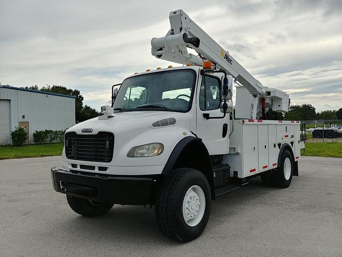 Used Altec TA41M 46 ft Articulating & Telescopic Material Handling Bucket Boom on 2009 Freightliner - G6484