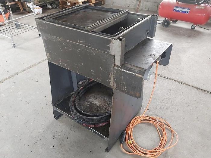 Gebraucht Teile-Waschanlage mit Heizung, Max. 40x60x20cm,  gebraucht