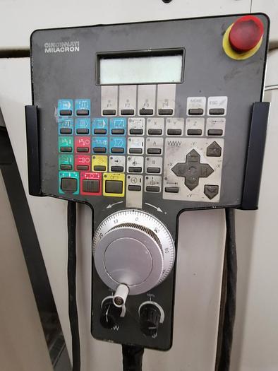 1998 CNC Bearbeitungszentrum CINCINNATI ARROW 750