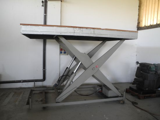 Piattaforma elevatore BOLZONI