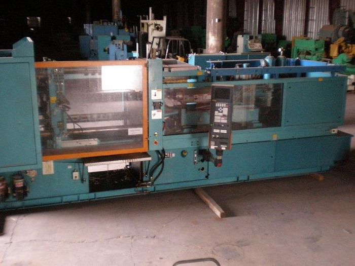 Used 310 Ton Ferromatik-Milacron Injection Molding Press; 2 Color; 2 Injector Screws