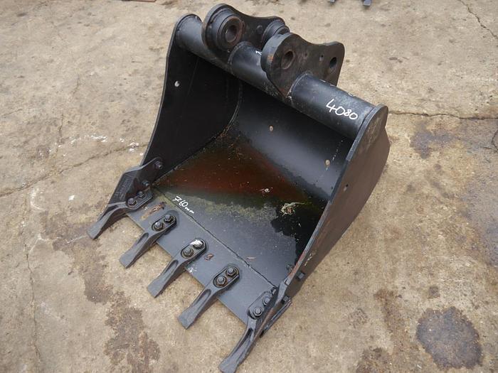 Used Digger Bucket 750mm