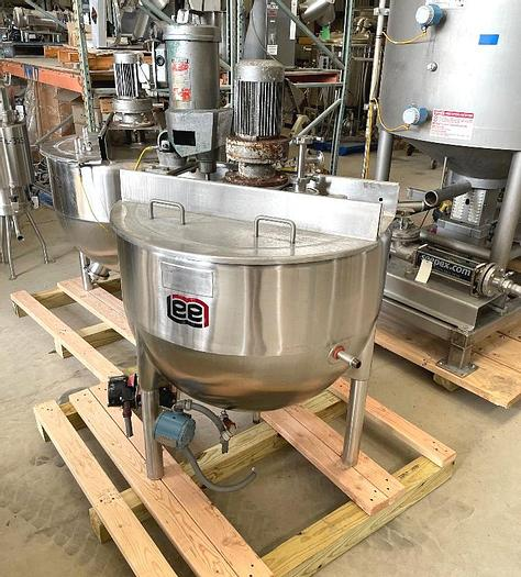 Used 60 GALLON LEE DOUBLE MOTION AGITATED KETTLE - S/S - JACKETED