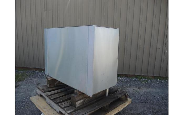 USED ELECTRIC WATER HEATER, STAINLESS STEEL
