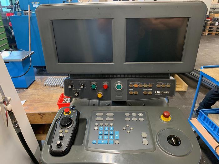 1999 CNC Bearbeitungszentrum HURCO BMC 4020 M