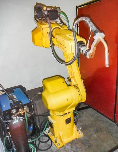 Fanuc Arcmate 120i MIG Welding Robot 6 ft Reach