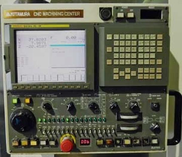 "44""X, 22""Y, 22""Z Kitamura Mycenter 5X APC VMC, Fanuc 16iM CNC, 6455 hrs, 2002"