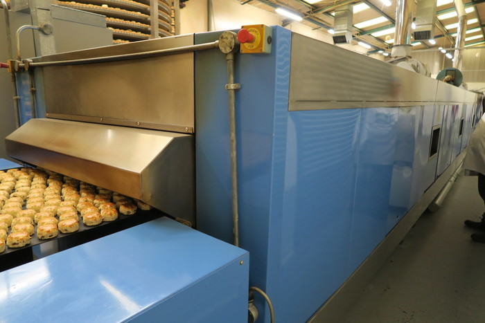 Steel Belt Tunnel Oven 1.1m wide x 24m baking
