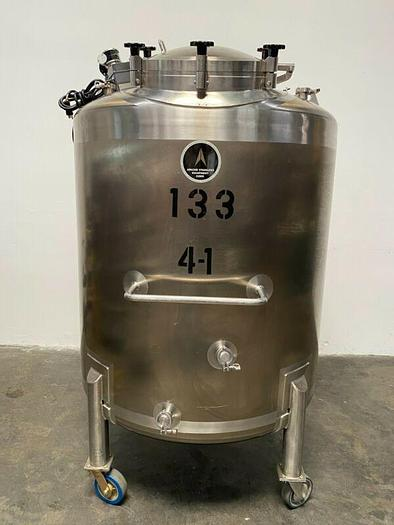 Used Apache Single Walled 1400 L Stainless Steel Mixing Tank w/ Controller & Motor