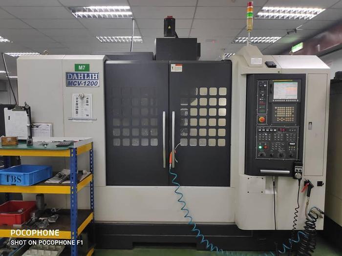 Used 2015 DAHLIH MCV 1200 CNC MILLING MACHINE CENTER