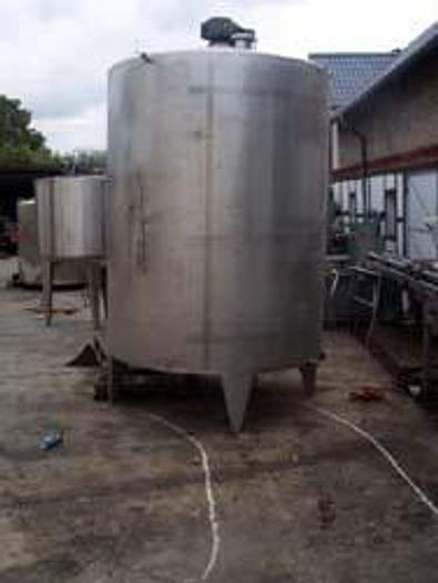 Używane Zbiornik procesowy z płaszczem i mieszadłem - 5.000 l