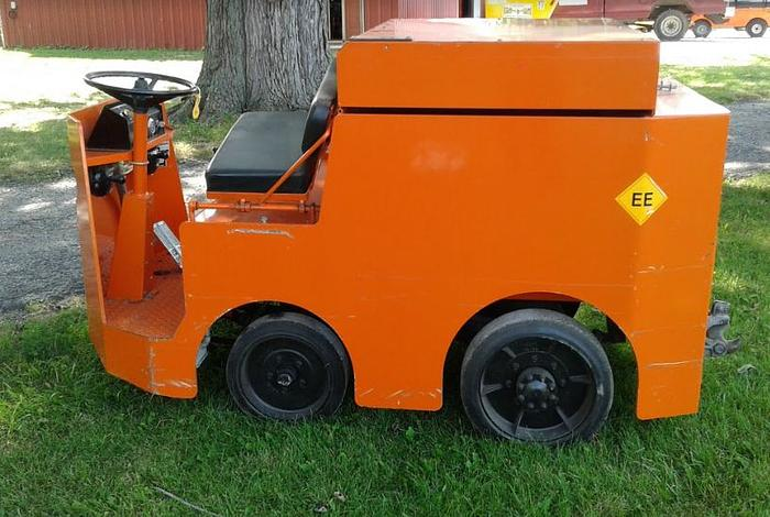Used Taylor Dunn Tow Tractor P2-50 - ONLY 45 Hours