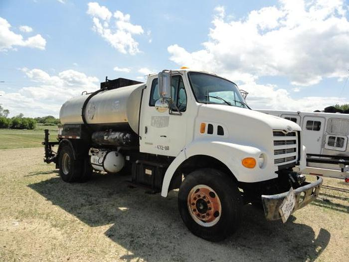 Used 2000 STERLING L7501