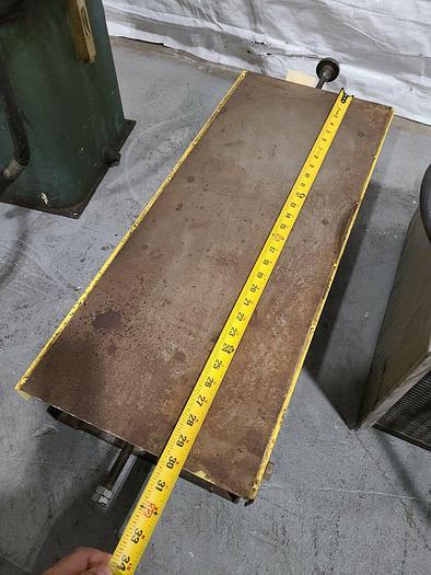 "Used Scissor Lift Work Table 30"" x 12"" Lifting Platform"