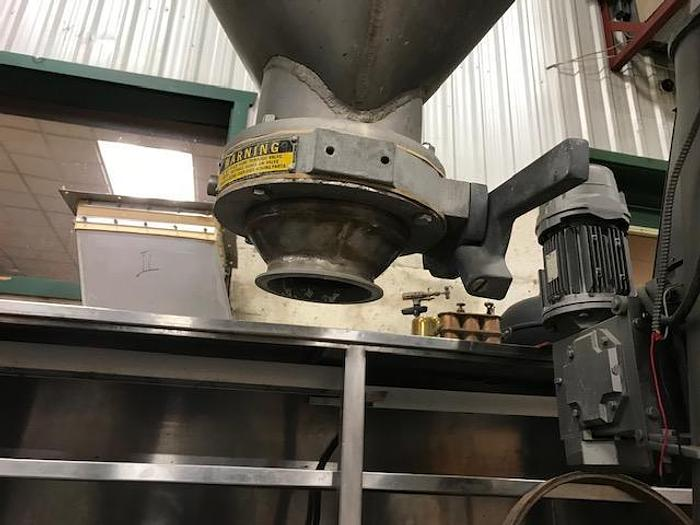 USED TWIN SHELL BLENDER, 5 CUBIC FEET, CROSS FLOW, 316 STAINLESS STEEL