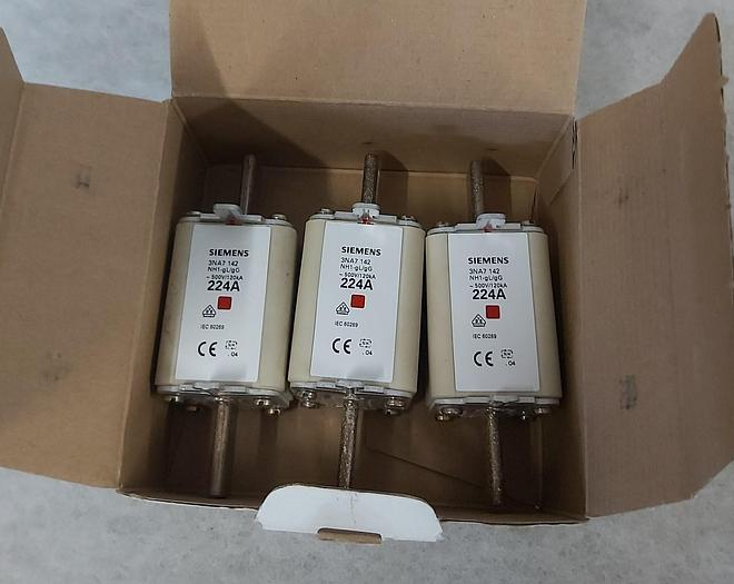 4 Stück NH Sicherungseinsätze Größe 1, 224A, NH-1 gL/gG, 500V, Eurofuse,  neuwertig