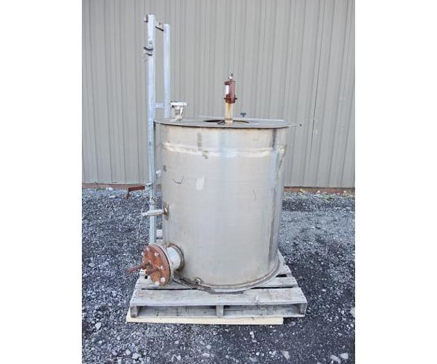 Used USED 175 GALLON TANK, STAINLESS STEEL