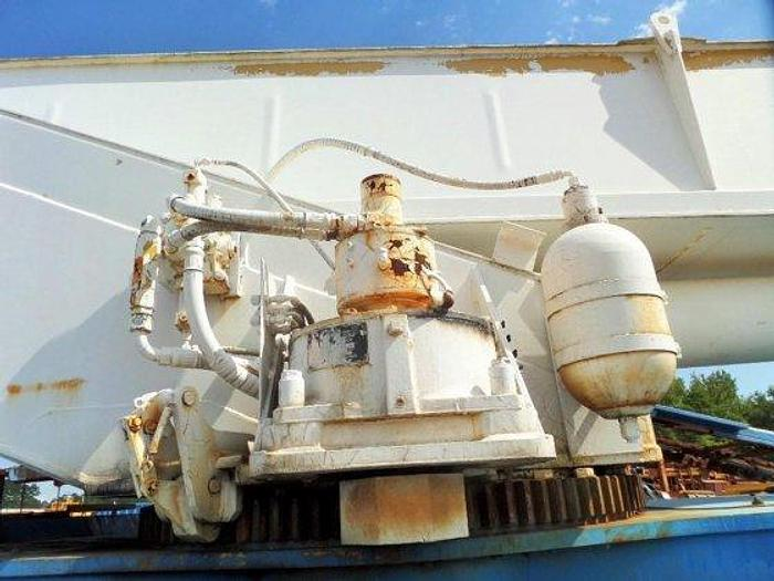 1997 GROVE RT635C