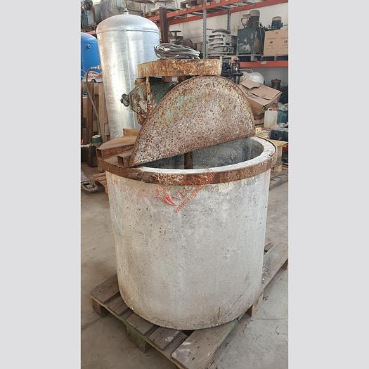 Used Mixer with round concrete tank
