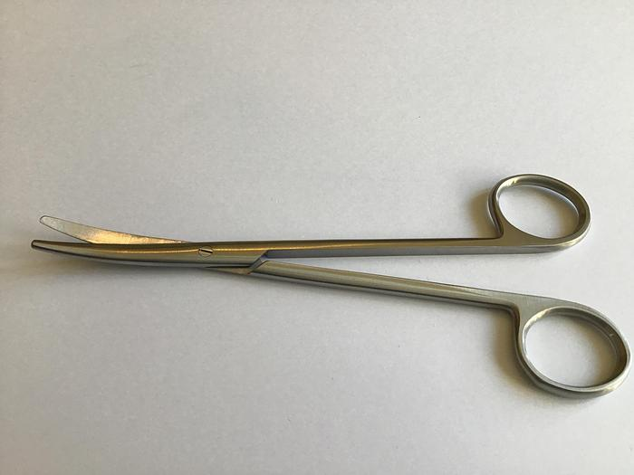 Scissor Surgical Dissecting McIndoe Curved 150mm (6in)
