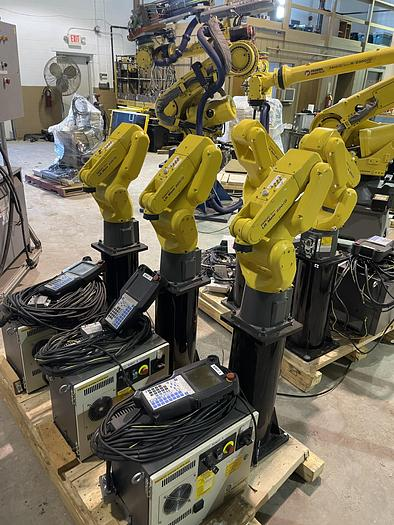 Used FANUC LR MATE 200iD 6 AXIS CNC ROBOT WITH R30iB MATE CONTROLLER