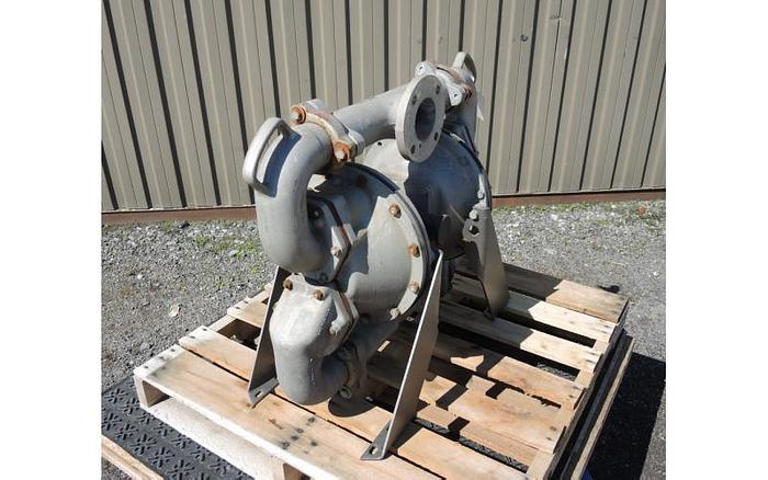 "USED DIAPHRAGM PUMP, 3"" X 3"" INLET & OUTLET, ALUMINUM, FLAP VALVE"