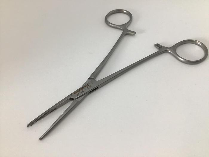 Forceps Artery Cushing Straight 146mm (5-3/4in)