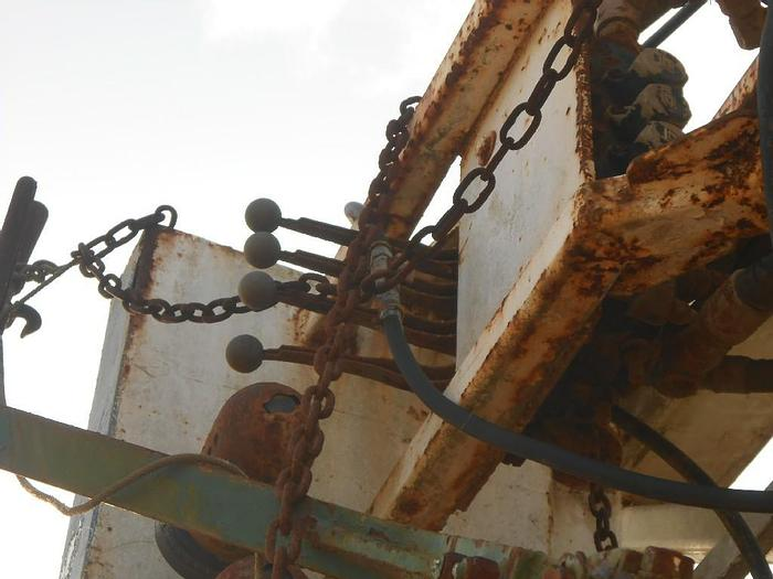 Used CRANE CARRIER RIG COMMERCIAL