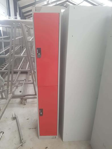 Used Single Lockers (Red)