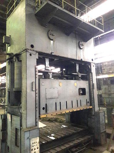 Used 1980 Sheet Stamping press 800TON made in Romania after license ERFURT PKZV 800 ERFURT