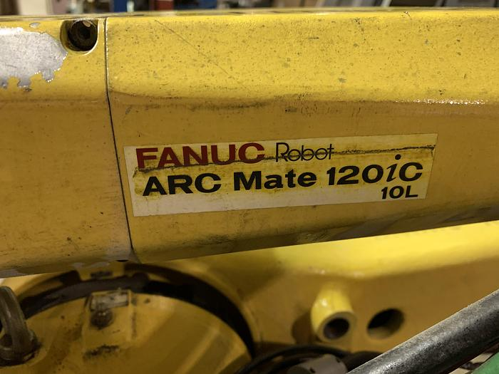 Used FANUC ARCMATE 120iC/10L 6 AXIS CNC MIG WELDING ROBOT WITH R30iA CONTROLLER